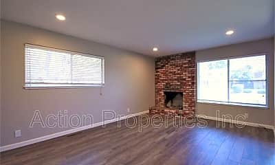 Living Room, 940 San Pierre Way, 1