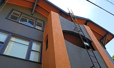 Poplar Apartments, 0