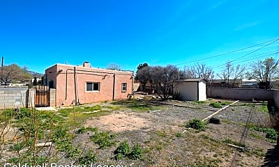 Building, 2645 Adams St NE, 2