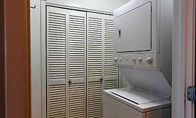 Bathroom, 1616 N Western Ave, 2