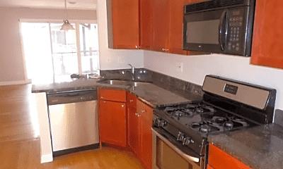 Kitchen, 6435 N Damen Ave., 0