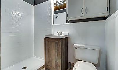 Bathroom, 719 S 5th St, 1