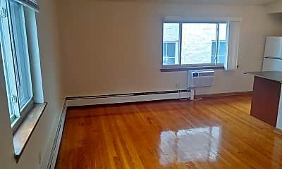 Living Room, 1112 E Knapp St, 0