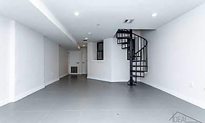 Bedroom, 667 Park Pl, 2