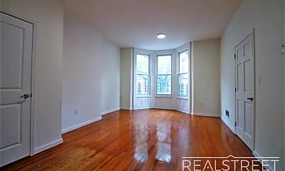 Living Room, 251 Patchen Ave 1, 0