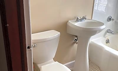 Bathroom, 7222 W Center St, 2