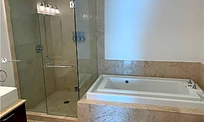 Bathroom, 218 SE 14th St, 2
