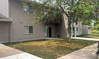 Building, 204 Southfield St, 1