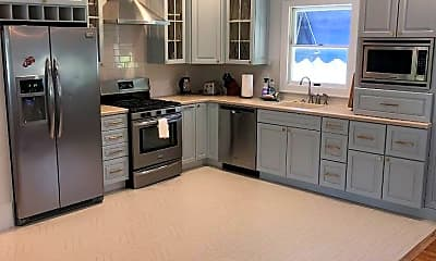 Kitchen, 2113 Edgewood Pl, 1