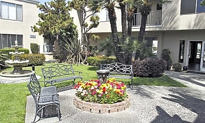Courtyard, The Florentine Apartments, 1