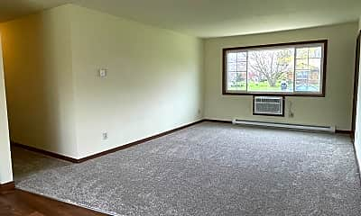Bedroom, 740-746 Mansfield Ct, 1