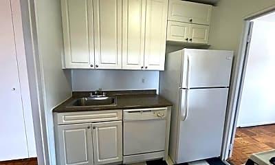 Kitchen, 465 Shore Rd 5R, 0