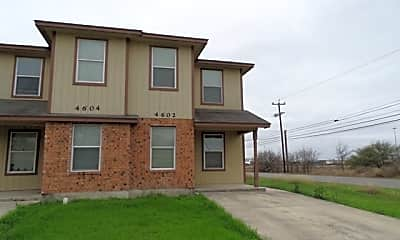 Building, 4602 Swann Ln, 1