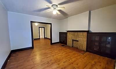 Living Room, 1019 E 16th Ave, 1