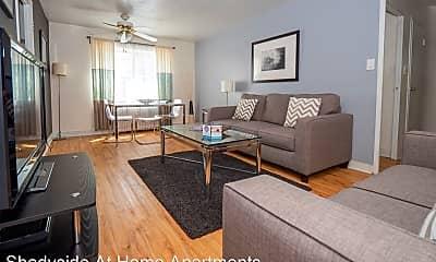 Living Room, 811 S Negley Ave, 1