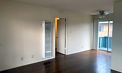 Living Room, 1500 S Claremont St, 1