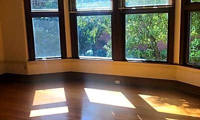 Living Room, 3333 Octavia St, 1