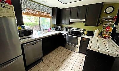 Kitchen, 12044 Caminito Ryone, 1