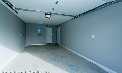 Bathroom, 104 Bogad St, 2