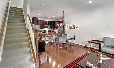 2984 Rittenhouse Cir 17, 1