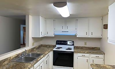 Kitchen, 935 E 2nd St, 1