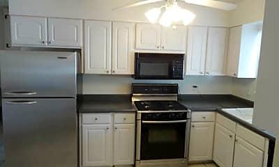 Kitchen, 4260 Canterbury Dr, 1