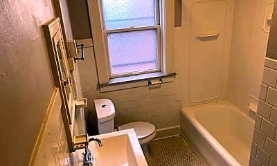 Bathroom, 5019 Mardel Ave, 2