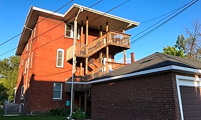 Building, 1105 Hammond Ave, 2