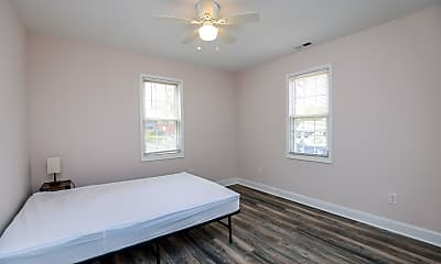 Bedroom, Room for Rent - Colonial Heights Home, 2
