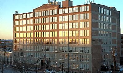 Building, 815 W Market St, 0