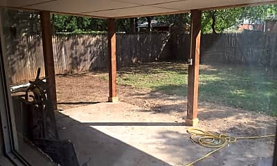 Patio / Deck, 1602 Sheffield Rd, 2