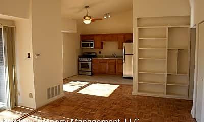 Living Room, 5212 Castlewood Rd, 0
