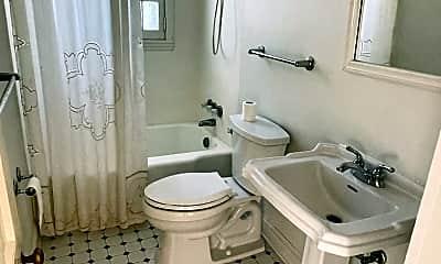 Bathroom, 509 New St, 2