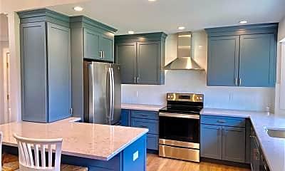 Kitchen, 755 Brigantine Dr, 1