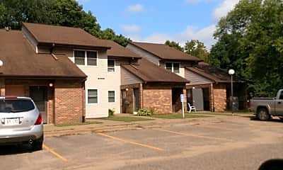 Engelwood-Barrington Apts, 2