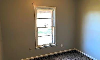 Bedroom, 2403 E 5th St, 2
