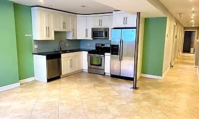 Kitchen, 2742 W Warren Blvd G, 1
