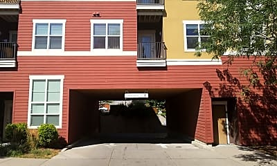 Clay Street Residences, 2