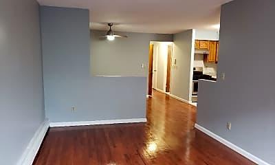 Living Room, 818 Bartholdi St, 1