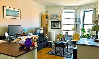 Living Room, 73 7th Ave, 0