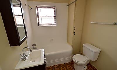 Bathroom, 3130 W Rock Hill Rd 40, 2