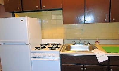 Kitchen, 4405 Chippewa St, 1