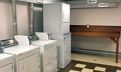 Kitchen, 507 N Ida Ave, 1