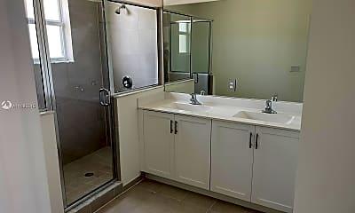 Bathroom, 1635 SE 27th St 1635, 2