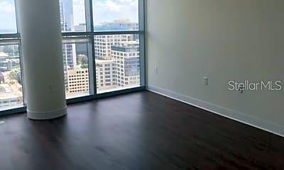 Living Room, 111 E Washington St 15, 1