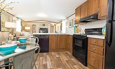 Kitchen, 913 Overhead Bridge Rd, 1