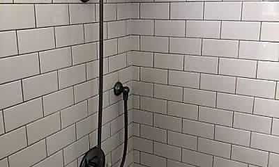 Bathroom, 1005 St Marys St, 2