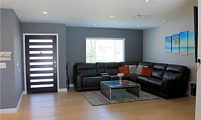Living Room, 17956 Collins St, 1