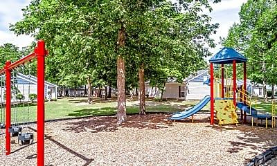 Playground, Aspen Pointe Apartment, 2