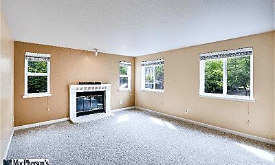 Living Room, 6700 NE 182nd St, 1
